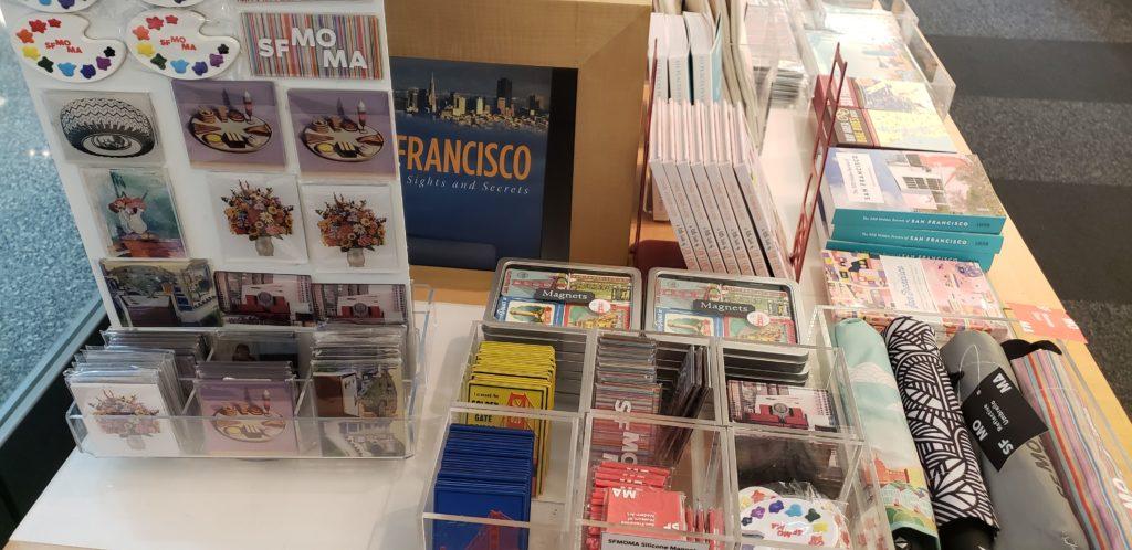 SFO_SF_MOMA_Museum_Storeお土産1